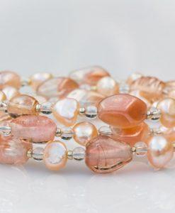 Perler i sart rosa
