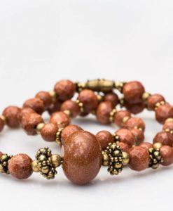 Retro perlekæde med goldstone
