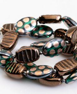 halskaede med flotte perler